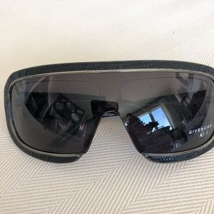 New Givency Sunglasses